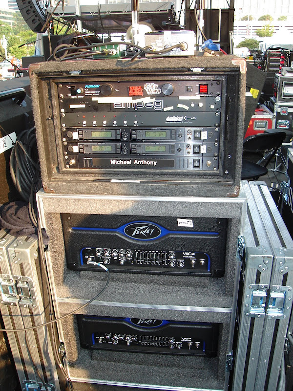 Micael Anthony's (Chickenfoot) Rig