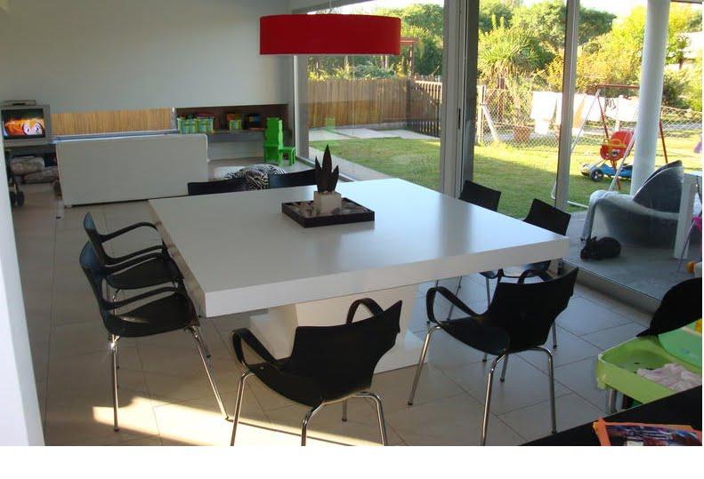 Muebles candida living y comedor for Mesas cuadradas para comedor