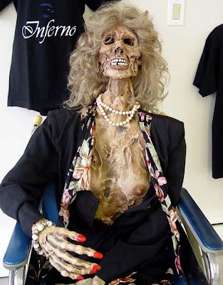 horror 18 Boneka boneka Ngeri
