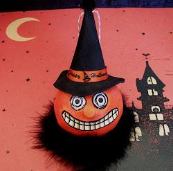 Punkin Witch Ornie