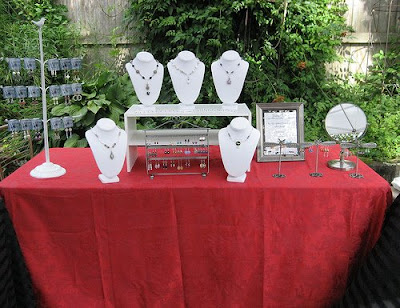 Jewelry Booth - Photos and Ideas from Jewelry Artists