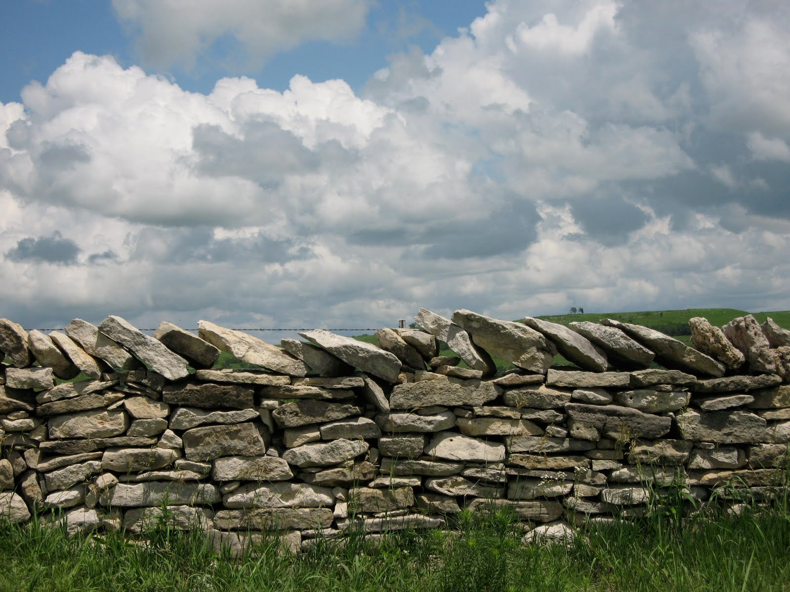 Leslie tucker jenison stacked stone fences in the flint hills