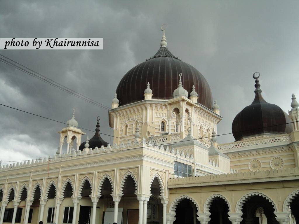 http://2.bp.blogspot.com/_d51X_yTWCoE/TOI065MNQjI/AAAAAAAABDE/1BDL75FPBc8/s1600/Masjid+Kedah.JPG