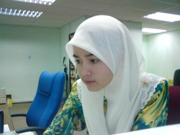 [Gadis-Melayu-Malaysia-3.jpg]