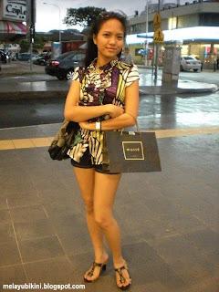 Gadis Melayu Bikini in Swimming Pool