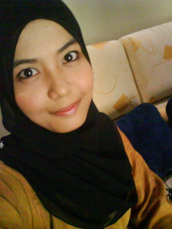 More Hot Pictures From Awek Cun Bertudung Gadis Melayu #1 | 600 x 800