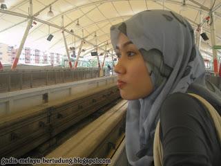 Student Melayu Bertudung Cun