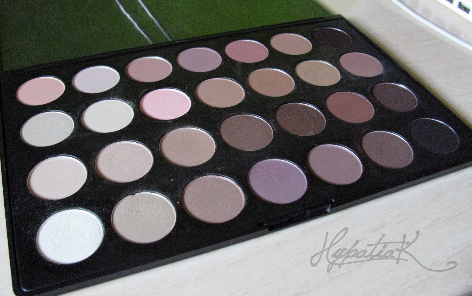 Hypatiak paleta 28 colores neutros - Paleta de colores neutros ...