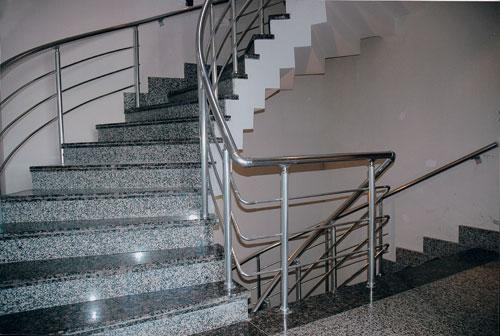 Forja art stica en aluminio enero 2011 for Escaleras infinitas