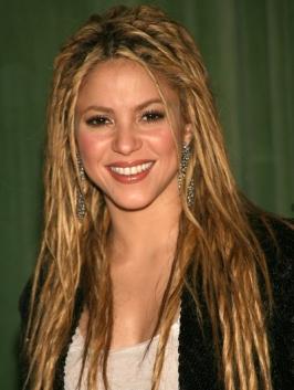 Shakira_Long_Dreads_Hairstyle.jpg