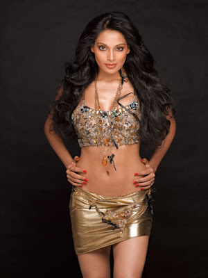 Bipasha Basu Gadis Cantik