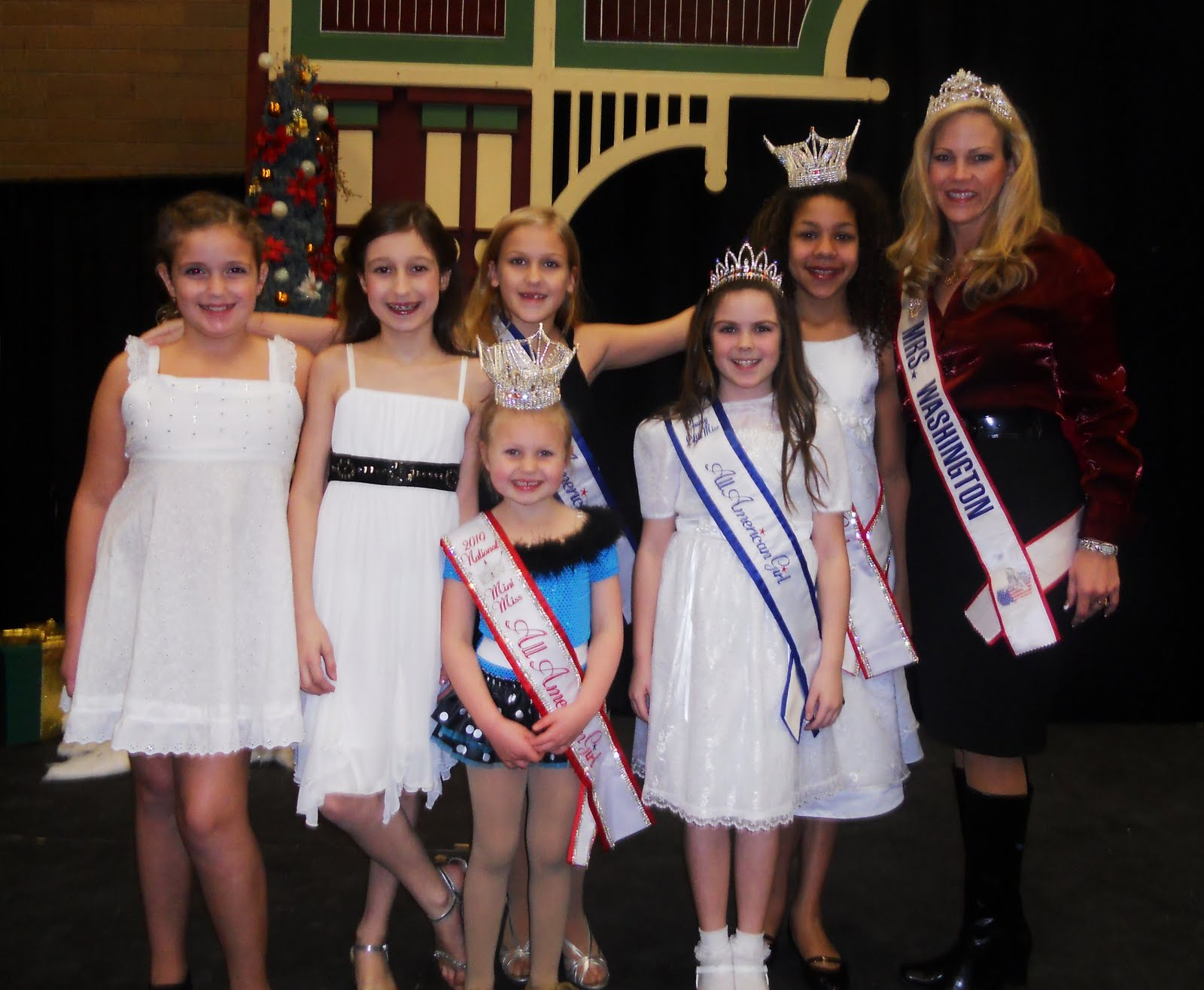 the all american girl pageant is one of the sponsors of victorian country christmas an amazing celebration of the christmas season showcasing hundreds of
