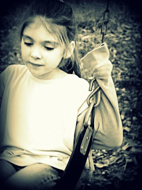 Sophia swing
