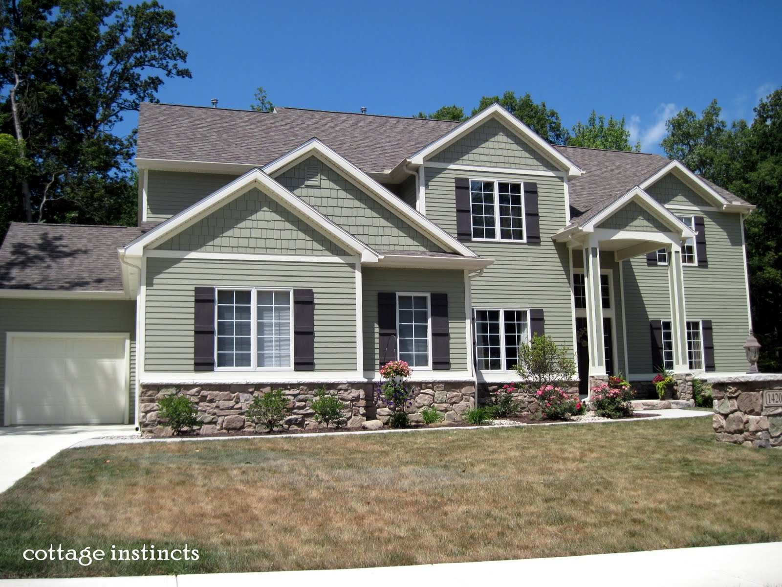 Vinyl siding vinyls and green on pinterest for Exterior siding design