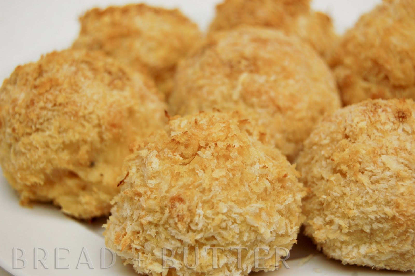 Cheesy+Baked+Mac+And+Cheese Bread + Butter: Baked Mac and Cheese Balls
