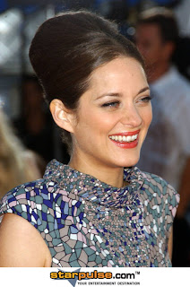 Marion Cotillard : Biography and Photo Gallery