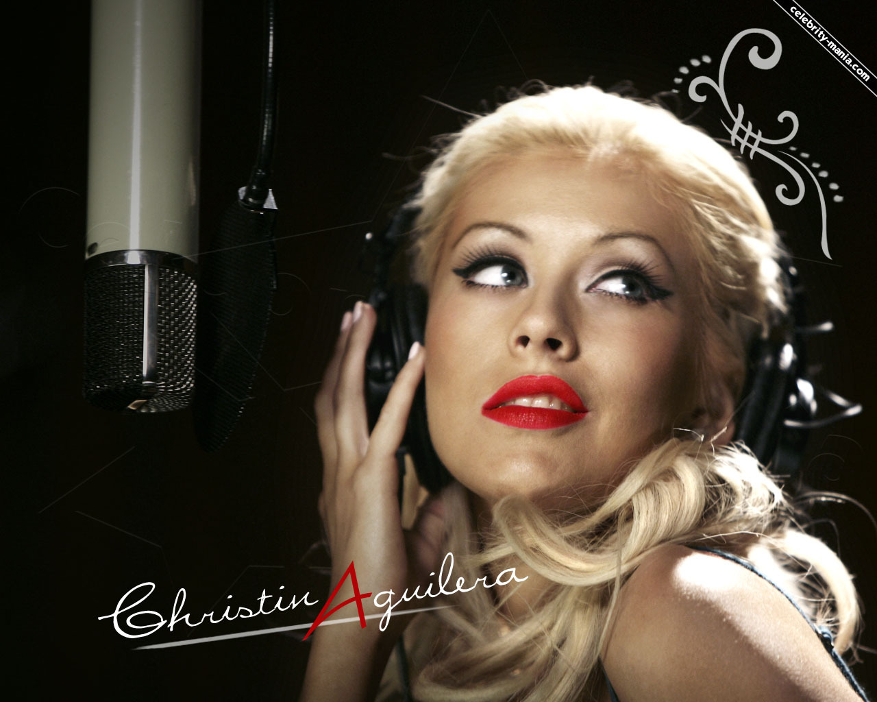 http://2.bp.blogspot.com/_dFV62vTXpCg/TB_7M9W9c8I/AAAAAAAAABI/FOW2koRm8ZY/S1600-R/Christina-christina-aguilera-982343_1280_1024.jpg