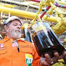 Presidente Lula participou da extração da primeira amostra de petróleo do pré-sal