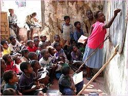 A EDUCAÇÃO É A EXPRESSÃO DO QUE É A SOCIEDADE