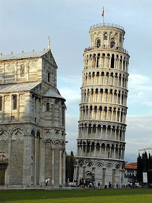 Menara Pisa Italia