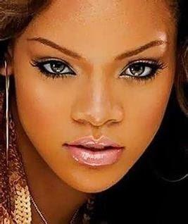 hottest celebrity lips 20090123 1106559163 10 Bibir Terseksi Selebriti Dunia