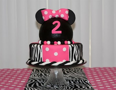 minnie mouse cake. Minnie Mouse Caramel Apples:
