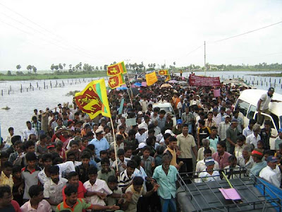 Jaffna Tamils protest on ltte to release civilians in mullativu