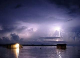 7 Fenomena Alam Paling Misterius Di Dunia.alamindah121.blogspot.com