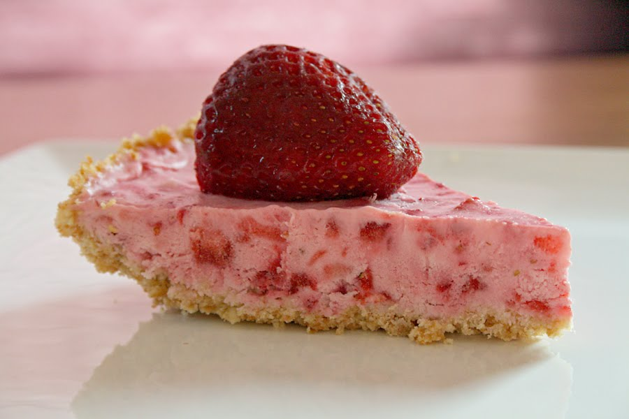 Love Your Mother: Frozen Strawberry Pie