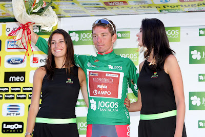 http://2.bp.blogspot.com/_dS2OXbYngCc/SnyuSOb_i_I/AAAAAAAABN0/FaP6oDlA4f0/s400/Chuzhda+en+Volta+Portugal.+S.+Jacob.jpg