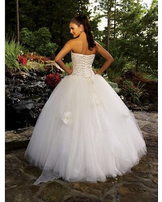 152 2  Vestidos blancos de princesa