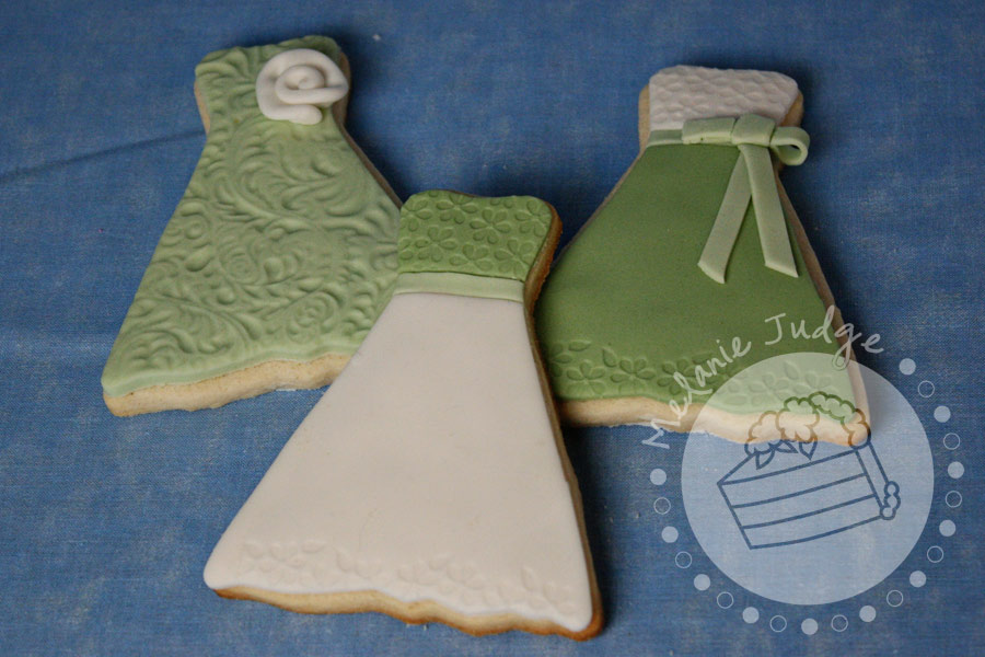 wedding dress cookie tutorial