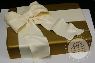 gold fondant gift cake ivory bow