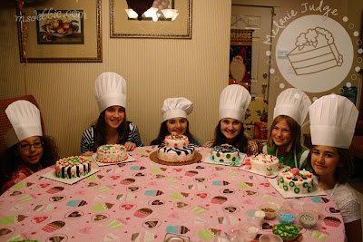 cake decorating birthday party