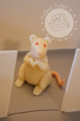 modeling chocolate rat thermal preference apparatus cake