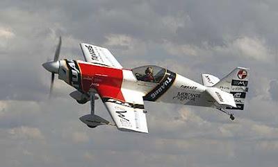 UFMG lança o CEA-309 Mehari o Acrobatico Brasileiro