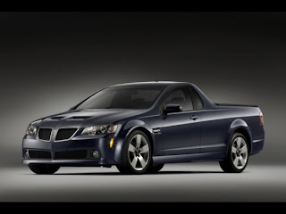 2010-pontiac-g8-sport-truck-front-angle-view