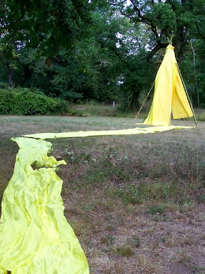 pidic encadrees photo amateur photographie gironde bordeaux rive droite bivouac tente jaune burthe