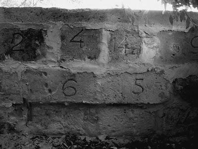 pidic encadrees lormont photographie amateur bordeaux rive droite mur nombre numeroter