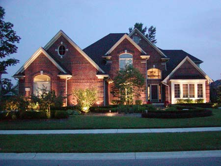 Home landscape outdoor garden lighting for Home exterior lighting ideas