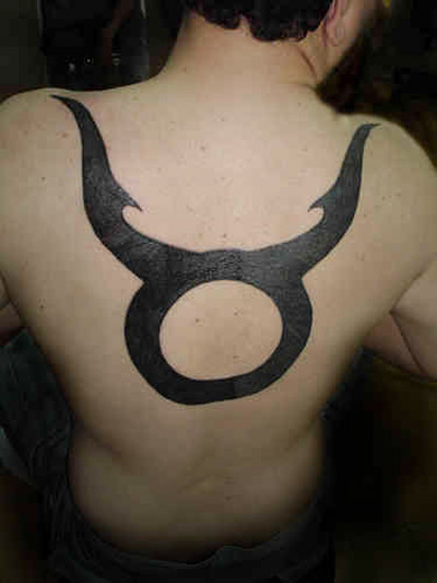 Source url:http://metal-tattoos.blogspot.com/2010/06/symbol-zodiac-tattoo-