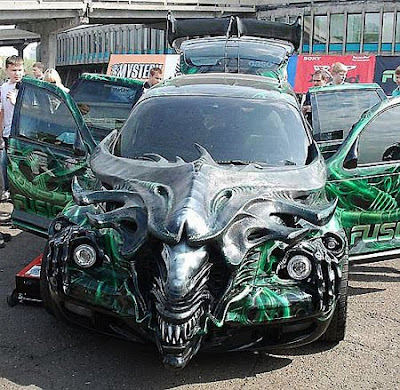 Alien Car Airbrush
