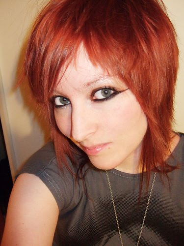 Red emo short hair and Short hair dye picture