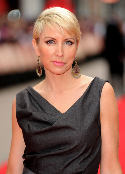 straight short hairstyles. Heather Mills Short Straight