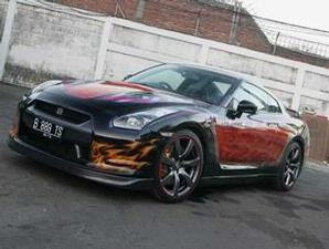 Super Car Nissan GT-R R35 Airbrush 4