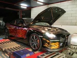 Super Car Nissan GT-R R35 Airbrush 2