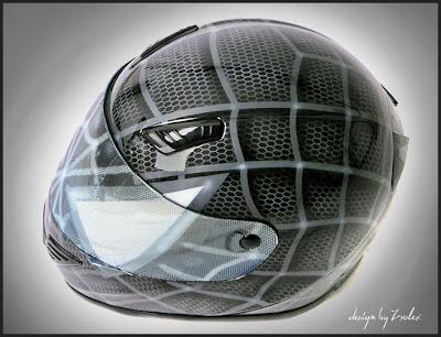 Black Spiderman Design Airbrush Helmet 2