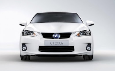 2011 Lexus CT 200h attitude and driving 1