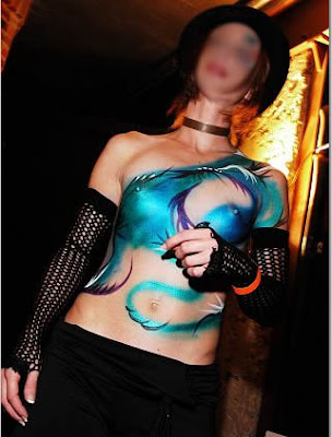 2011 Trend Airbrush Body Painting 2