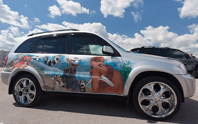 10 Amazing Airbrush Car Modification Photography 10